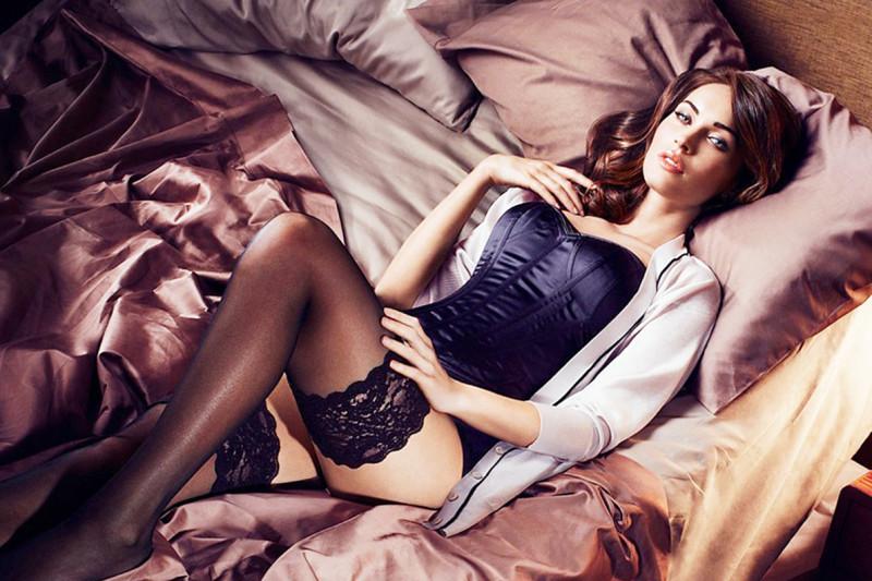 La actriz estadounidense Megan Fox como nueva imagen de Sharper Image.