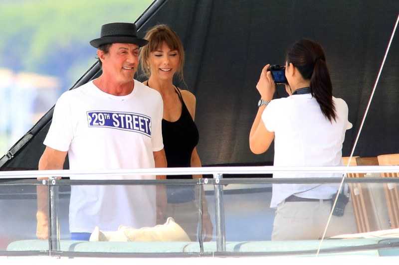 SYLVESTER STALLONE AND FAMILY ON A YACHT IN SAINT-TROPEZ