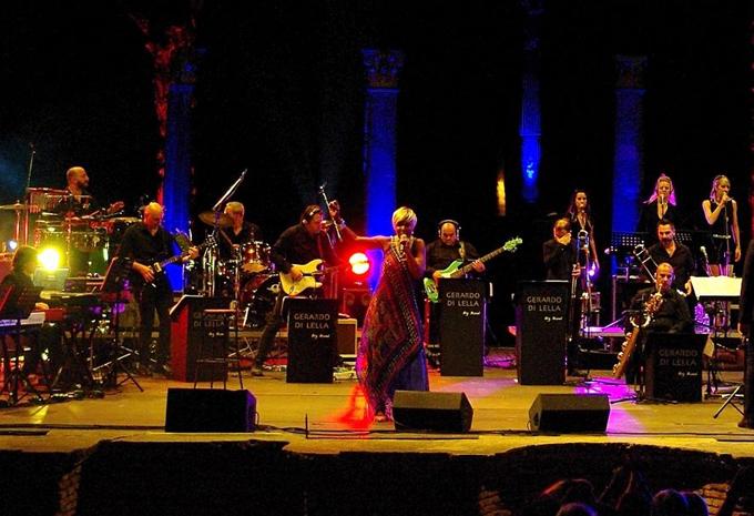 Photo of Grandi emozioni al concerto di Amii Stewart & la Gerardo Di Lella Pop O'rchestra