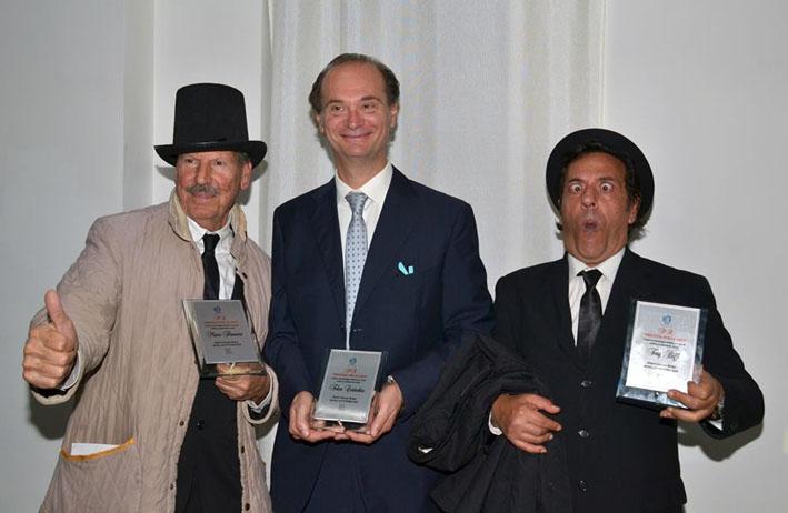 """Photo of Il Premio """"prestige per le Arti"""", consegnato a Roma all'Hotel Cicerone"""