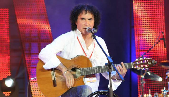 Photo of Intervista esclusiva con Manolo Gipsy, dopo il successo della sua esibizione al Teatro di Orsogna